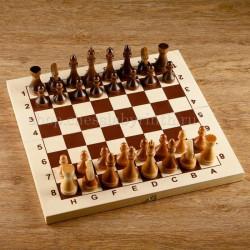 Турнирные шахматы в комплекте с доской 43*43 см (без подклейки)